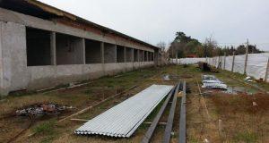Cinco oferentes para terminar la obra abandonada de la escuela de Banfield $20 Millones