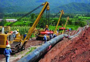 Ordenan parar obras del gasoducto GNEA