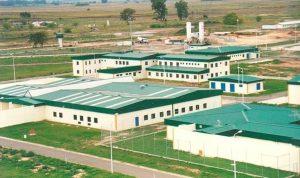 Para sacar la cárcel de Villa Devoto, abrieron tres licitaciones por $3.440 Millones