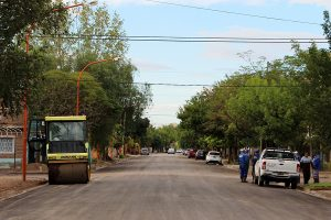 300 cuadras de pavimento en Cipolletti $ 55 Millones 5 Ofertas