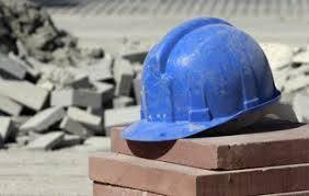 El parate de la obra pública se hace sentir en la construcción, que se desploma un 15,9%