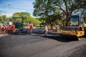 Castro de Demartín y OIC ejecutan pavimentación en Paraná $60 Millones
