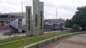Terminal de Ómnibus de Retiro en estado de deterioro y atraso tecnológico