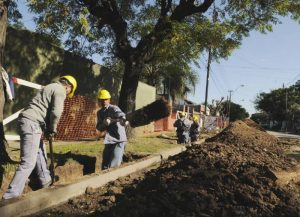 Catamarca podría acceder a créditos del BID para financiar obras de agua