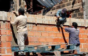 Intervención Urbana en las Villas Itatí y Azul partido de Quilmes $216 Millones 8 Ofertas