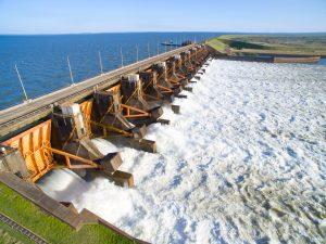 Techint, Sacde, Roggio y Cartellone se disputan una obra hidroeléctrica en Yacyretá U$S 350 Millones