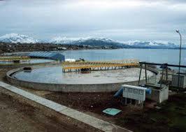 19 Ofertas con fuerte dispersión de precios para el colector costanero de Bariloche $432 Millones