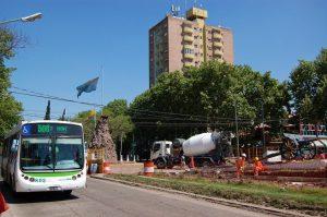 Florencio Varela: $234 millones en las paradas del Metrobus de avenida San Martín