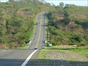 RN9, bacheo y restitución de carpeta de rodamiento, tramo entre Rosario de la Frontera y Metán 5 Ofertas $300 Millones
