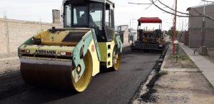 Ingeniería y Arquitectura SRL asfalta el acceso a la Escuela Secundaria 19 del barrio Lavalle