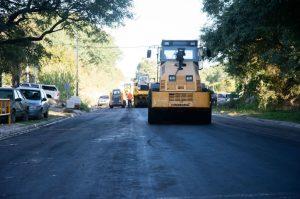 Tres oferentes para pavimentar calle que vincula Avenida Almafuerte con el Parque Industrial de Paraná $11 Millones