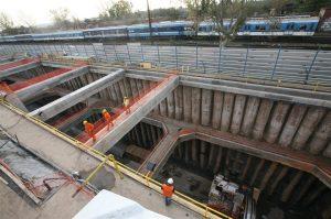 Tren Sarmiento: por la crisis, el gobierno intentará cambiar el soterramiento por un viaducto