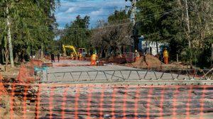 Ofertas para Obras de pavimento, desagües pluviales y cordón cuneta en los barrios Pompeya, Centenario y Villa Hipódromo Santa Fe 277 Millones