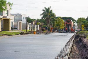 Con dos frentes de obras se extiende y se pavimenta calle Miguel David de Paraná $60 Millones