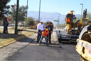 Ocho ofertas para las obras de pavimentación en Bouquet $ 28 Millones