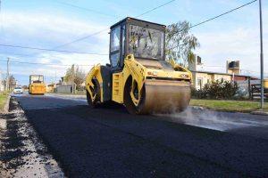 Abedul pavimenta 40 cuadras en Laprida $ 32 Millones