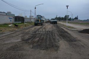 3 Arroyos asfaltado sobre avenida Rosas $ 49 Millones