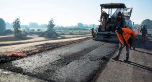 En julio se utilizaron para la obra pública casi 40 mil toneladas de asfalto vial, 40% más que 2018