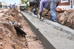 Comodoro R. obras de cordón cuneta y tendido eléctrico para zona norte 3 ofertas $ 10 Millones