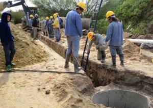Paraná: En calles Miguel David y Parera sigue la construcción de una red de desagües