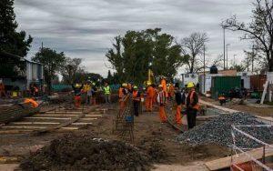 Retoman los trabajos en la obra del paso bajo nivel de 1 y 32 en La Plata