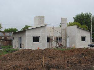 Continúan las obras del barrio 15 Viviendas de la localidad Larroque