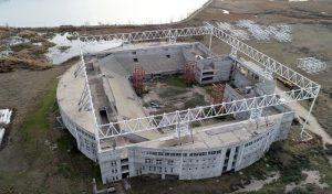Santa Rosa – La Pampa Hace 14 años empezaron un megaestadio, aún no lo terminan