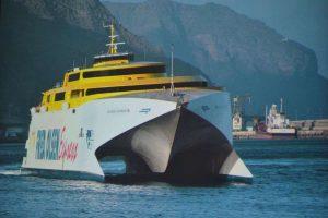 Tierra del Fuego cruce por aguas argentinas: Entre la ilusión y 40 años de mentiras