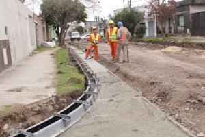 Colonia Elía y Villa Mantero se construirán desagües pluviales, cordones cuneta y badenes $ 4,5 Millones
