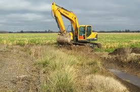 8942 El Municipio y la Cooperativa vial Rural Tandil comenzaron trabajos de limpieza de desagües pluviales en María Ignacia Vela