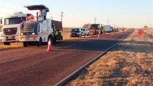Comenzaron las obras de bacheo de la Ruta 12 entre Nogoyá y Crespo