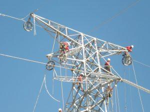 Construcción de la línea de alta tensión El Pluma-Perito Moreno – Los Antiguos