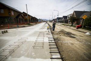 Se realizó la apertura de sobres para la pavimentación de Av. Los Ñires – TOLHUIN