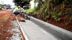 Cordón cuneta de la planta urbana Municipalidad de Armstrong $ 17 Millones