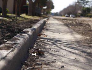 Cordón cuneta en la calle Echeverría de Saladillo $ 24.8 millones
