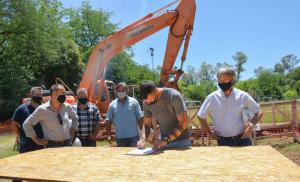 Proba y Tecnipisos reactivan la obra de conexión del colector principal de la Red Cloacal General Rodríguez
