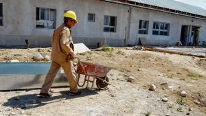 En Río Negro continúan las obras en las escuelas para el regreso a clases