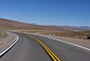 Se firmó el inicio de la pavimentación de un tramo de la ruta nacional 51 que une Salta con Chile$ 1.500 Millones