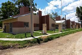 En seis localidades de EERR se construyen 100 viviendas con fondos provinciales