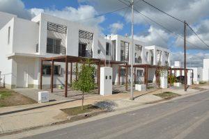 $272 Millones CONSTRUHAUS Construirá 44 Viviendas en Duplex en  Bº Parque del Río IV Sga del Estero