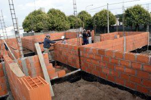 Traslado y Construcción ENI 59 Santa Lucia $88M