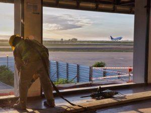 Aeropuerto Domingo Faustino Sarmiento, van a terminar el techado