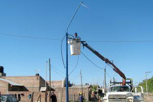 Red eléctrica y alumbrado público en Barrio Guadalupe Oeste y Sur $45M