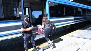 Las paradas intermedias del tren entre Neuquén y Plottier ya comenzaron $199M